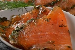 Rezept:Graved Lachs mit Kartoffelgratin